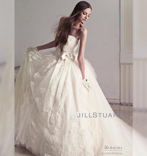 愛媛県松山の結婚式場、マリベールスパイアのドレス