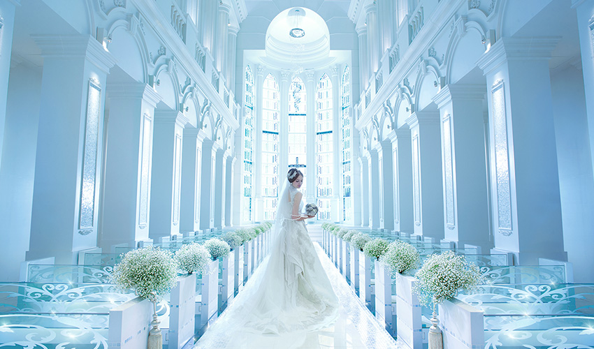 愛媛県松山にある結婚式場、マリベールスパイアのクリスティアラ
